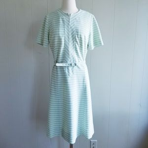1960s Leslie Pomer Pale Green & White Dress